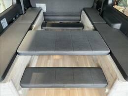 ショートベンチ使用でテーブルとしての使用も可能になります!
