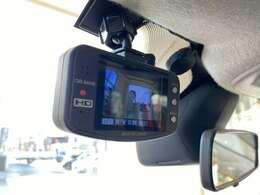 モニター付きのドライブレコーダーを装備!煽り運転対策!後続車から見えるので効果的です!