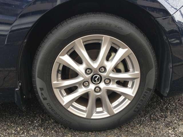 社外アルミへの交換などもご相談下さい。タイヤワックスを掛けての納車となります。
