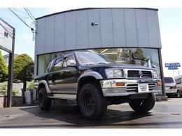 トヨタ ハイラックス 2.4 SSR-X ダブルキャブ ロング ワイドボディ ディーゼルターボ 4WD 寒冷地仕様車 新品マッドタイヤ