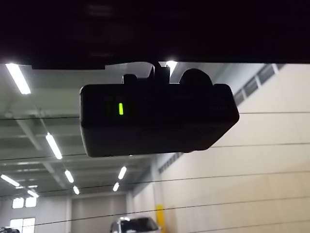 リアにもドライブレコーダー。