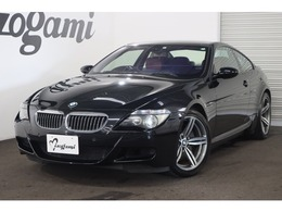 BMW M6 5.0 赤革シート/カーボンインテリア/HUD