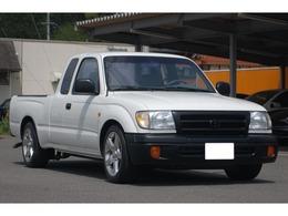 米国トヨタ タコマ エクストラキャブ 2.4 全塗装済み Fバンパー類マッド塗装