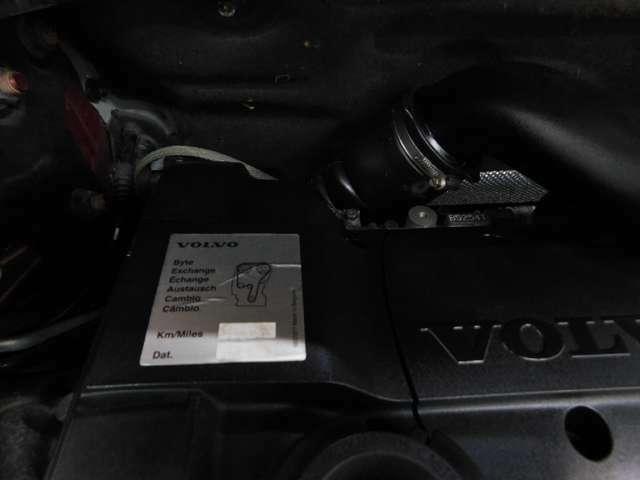 ★49.419KM時にタイミングベルト交換済み・安心整備記録簿付です!豪華ベージュレザー内装♪誌面やNETにすべて掲載しきれません!掲載車以外にも多数、展示・ストック車輌がございます。