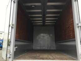 日本フルハーフ株式会社床:木ラッシングレール1段風防付荷台下工具箱:有