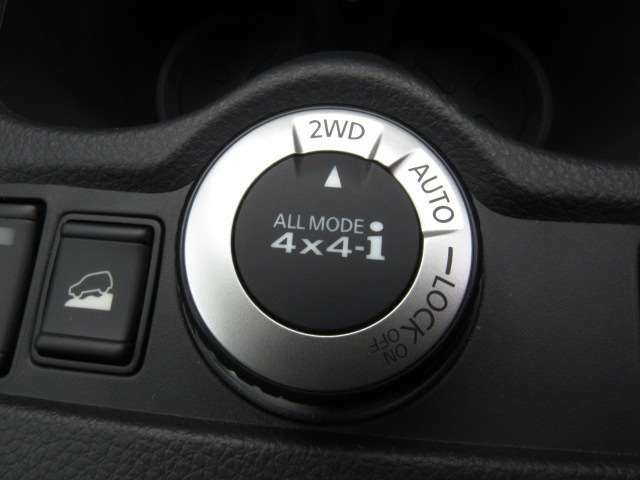 4WDにも切り替え可能です!悪路はアクティブにお車を使用する際はご利用下さい!
