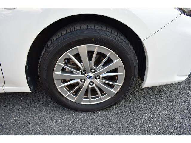 16インチアルミホイール付タイヤサイズは205/55R16