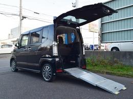 ホンダ N-BOX+ 660 カスタムG 車いす仕様車 4WD 夏冬タイヤ付 電動ウインチ ナビTV後カメラ