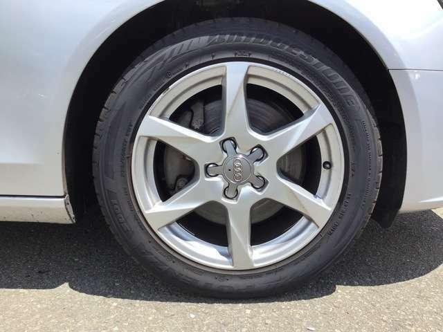 タイヤサイズは225/50R17!