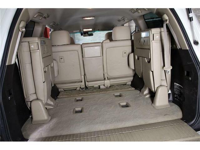運輸局認証自社工場・自社ピットにはリフトを4機完備☆コンピューター自己診断機も保有しており、故障や事故・トラブルにも対応できる設備も整っております★代車も安心の4WDのAT車を常時ご用意してます♪