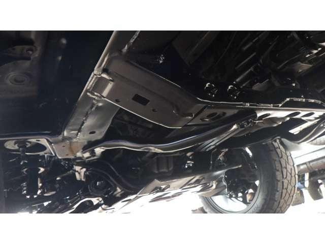 最終型・2.5インチUP新品・センターライン20AW新品・HDDナビ・フルセグ・モンスタテレーン20インチ新品・ルーフレール・Rスポ・専用レザーシートカバー・ETC