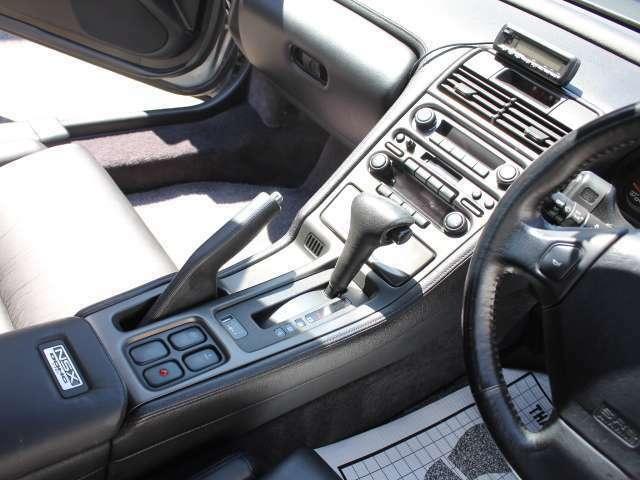 ナビ、オーディオの取付け等もお任せください♪NSXはオーディオの不良が発生しやすい車両です!スピーカーの交換からオーディオシステムの変更等ご相談ください♪