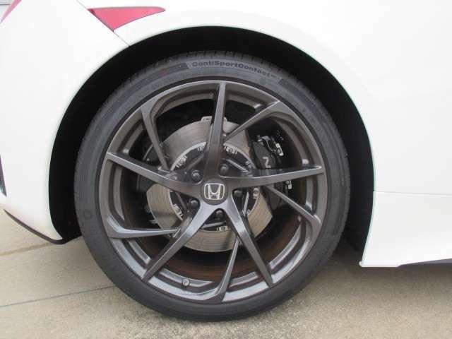タイヤ空気圧警報システム(各輪圧力表示機能付です。)