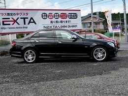 一般的中古車は市場から仕入れ、さまざまなコストが上乗せされて店頭に並んでいます。NEXTAでは、買取直売する事により大きく中間マージンが削減された価格設定になっています。