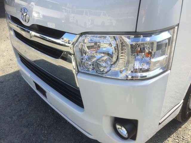 LEDヘッドライト!常時約60台展示!総在庫数はなんと約80台!2500cc・3000ccのディーゼルターボ車を豊富に品揃えしております♪
