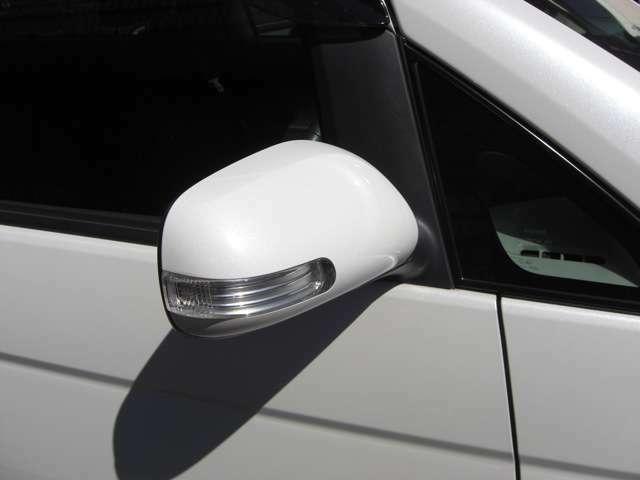 【ウインカー付きドアミラー】お車はスタッフが厳しい目で程度の良い車だけを選び抜き、お客様にお届けしております。ご納得のいただけるお車をご用意しております!