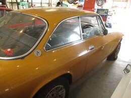 新車から貴重な年代のアルアロメオとフィアットを販売・整備・買取しております。