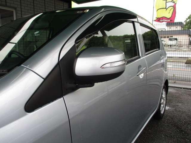 対向車にも分かりやすくスタイリッシュなウィンカードアミラー♪ドアバイザー&UVカット&プライバシーガラス