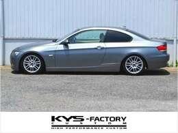 BMWのE92モデル3シリーズクーペのフラグシップ『335i』の左ハンドル車が入庫致しました。