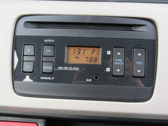 純正AM/FM&CD 付きオーディオ装着されています。