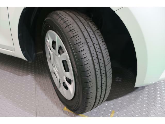 4本のタイヤの溝もしっかり残っております。