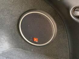 高音質の【JBLプレミアムサウンドシステム】搭載。