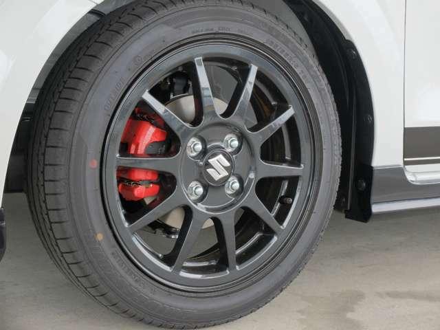 各社パーツ取り付けOK! アルミホイール・タイヤの交換はいかがでしょうか?