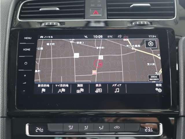 ディスカバーPRO大画面 9.2インチタッチパネルの高性能ナビには、フルセグTV、CD、DVD、SDカード、Bluetooth 、Volkswagen Car-Netの機能を搭載しています。