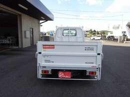 積載850kg 車両総重量2370kg