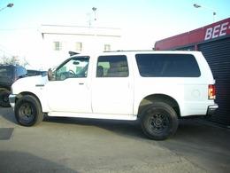 人気のビックブラックアメリカンロングホワイトクリアコートボディのアメリカンフルサイズSUV4WD