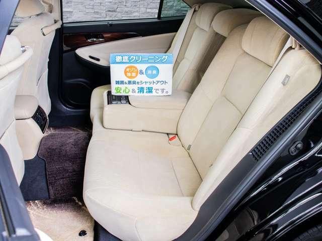 ★当社では、一般のクリーニングでは満足せず、オゾンO3を利用した、根本的な脱臭・消臭・除菌クリーニングを、展示車両全車に対し、行っております!こだわりのクリーニングで綺麗なお車を提供します!!