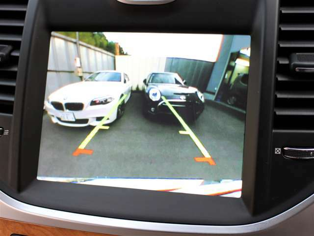 バックカメラも装備されております!後退も安心です!クリアランスソナーも装備されているので駐車が楽になります!