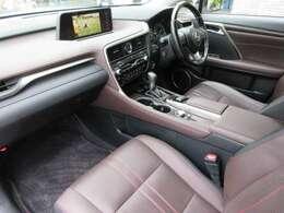 レクサス純正ドライブレコーダーやマッドガード、寒冷地仕様までオプション充実の1台です。