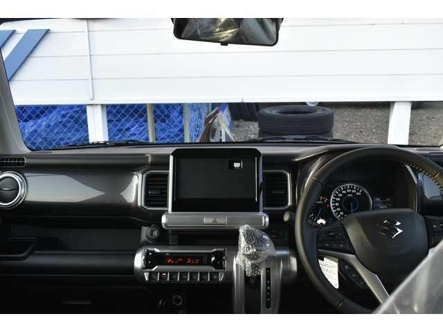 【インパネ】フロントからの視野もこんなに広いです♪運転のしやすさもこのお車の特徴です☆