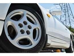 車高調やお好みのアルミホイール取り付けもお気軽にご相談ください。