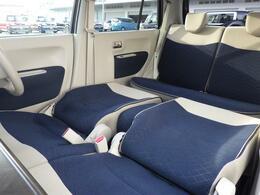 コンパクトボディーですが、足を伸ばしてゆっくり休憩できる 広々車内です♪