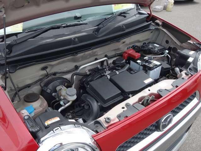 エンジンもキレイです!自社工場で車検整備して納車になります!保証も付いて安心ですね!