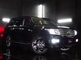 トヨタ ランドクルーザー200 4.7 AX Gセレクション 4WD ヴェロシティ24AW 後期風テール 新品4灯LED