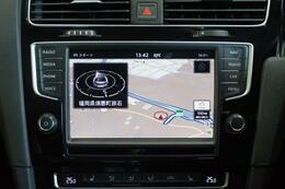 ディスカバープロはSD,Bluetooth,CD,DVD,TV等に対応の操作性に優れた8インチ大画面純正ナビゲーション装備です。