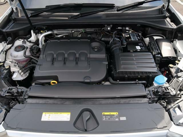 ●35TDIエンジン『入庫時の状態もとても良く、エンジン機関も良好!ぜひ一度現車を御覧下さい!他にも多数の在庫を展示!』