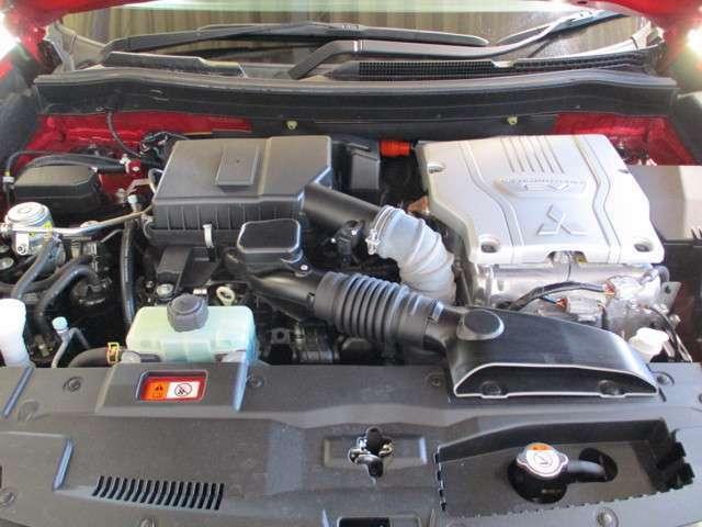 ツインモーター4WD 2,000cc ガソリンエンジン (4B11-S61-Y61)