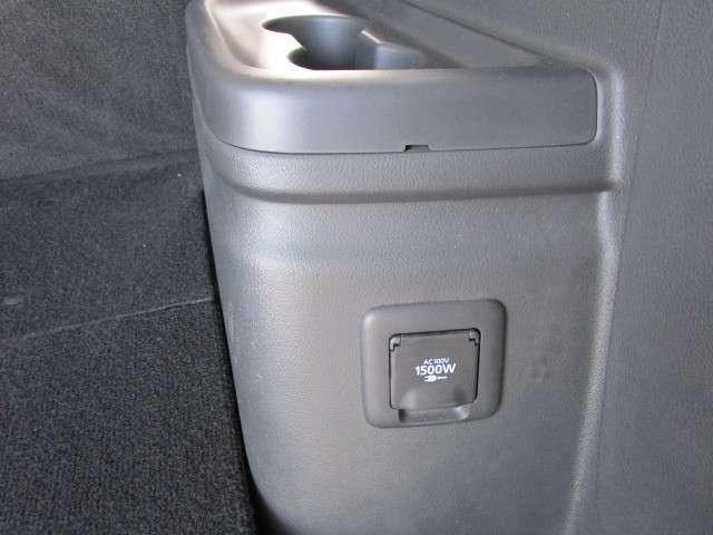 車内で1500W電源使用できます。ホットプレートやドライヤー等にも対応可能です!