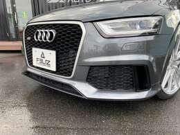 AUDIのRSシリーズのSUVモデルです!!RS専用の特別な1台をお楽しみください