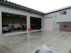 敷地内に認証工場完備、アフターメンテナンスもお任せください。