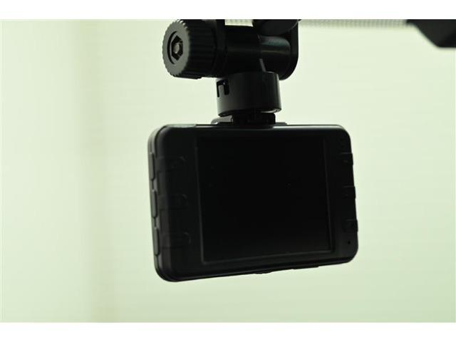 ドライブレコーダーです。 思い出の映像や万が一の映像を記録できます!