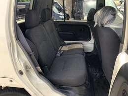 タイミングベルト交換後納車 新品ホイールキャップ 修復内容は、フロントインパネ歪みの軽度修復です。
