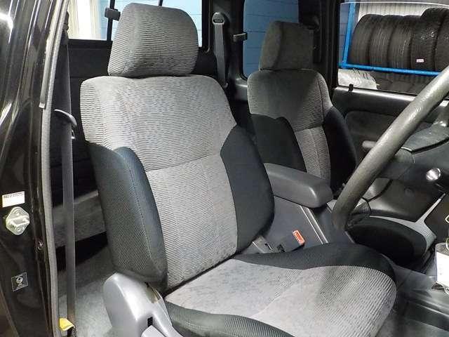 ☆シートに関しても多少の使用感、汚れなどはありますが、とてもいい状態です!弊社オリジナルのオプションシートカバーもとてもお勧めです♪