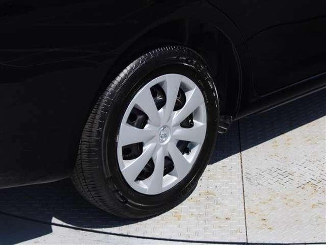 タイヤサイズは185/65R15!残り溝は6ミリ程度です!