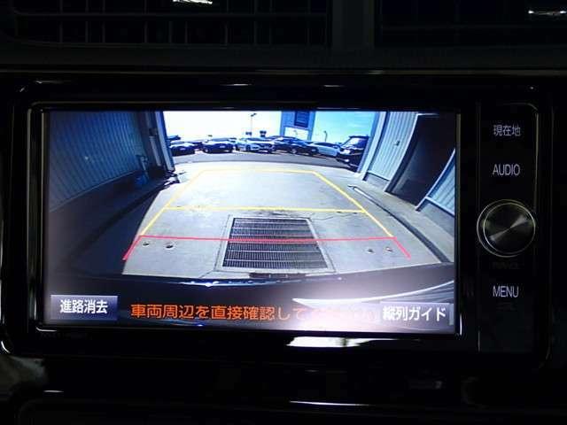 バックモニターも装備しております。駐車が苦手な方でもご安心下さい!