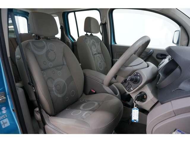 本国では商業車としても使用され、長時間座っていて疲れにくい設計となっております!